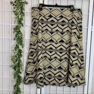 Retro Geometric Patterned Black and Cream Skirt